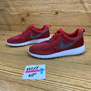 Nike Roshe One Casual Sneaker size 7.5